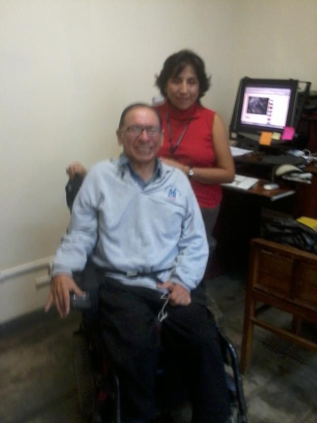 With Denisse Ramos, coworker at the administration office (in 2014) / Con mi compañera de trabajo Denisse Ramos en la oficina de administración (2014)